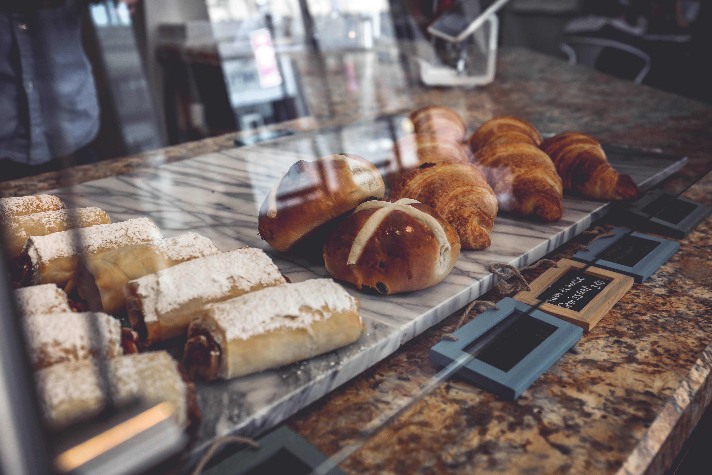 Popular Neighborhood Café and Bakery
