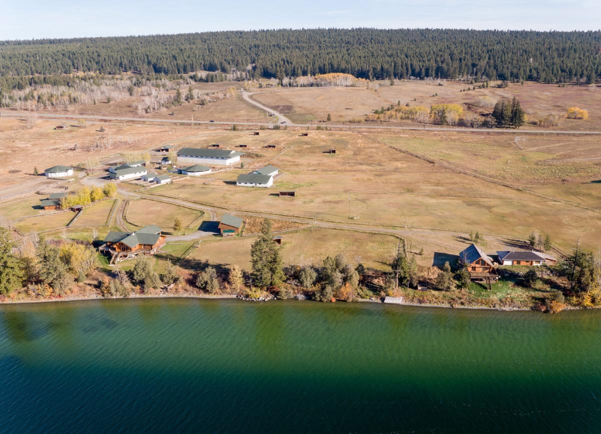 Lakefront Equestrian Estate, Lac La Hache, BC
